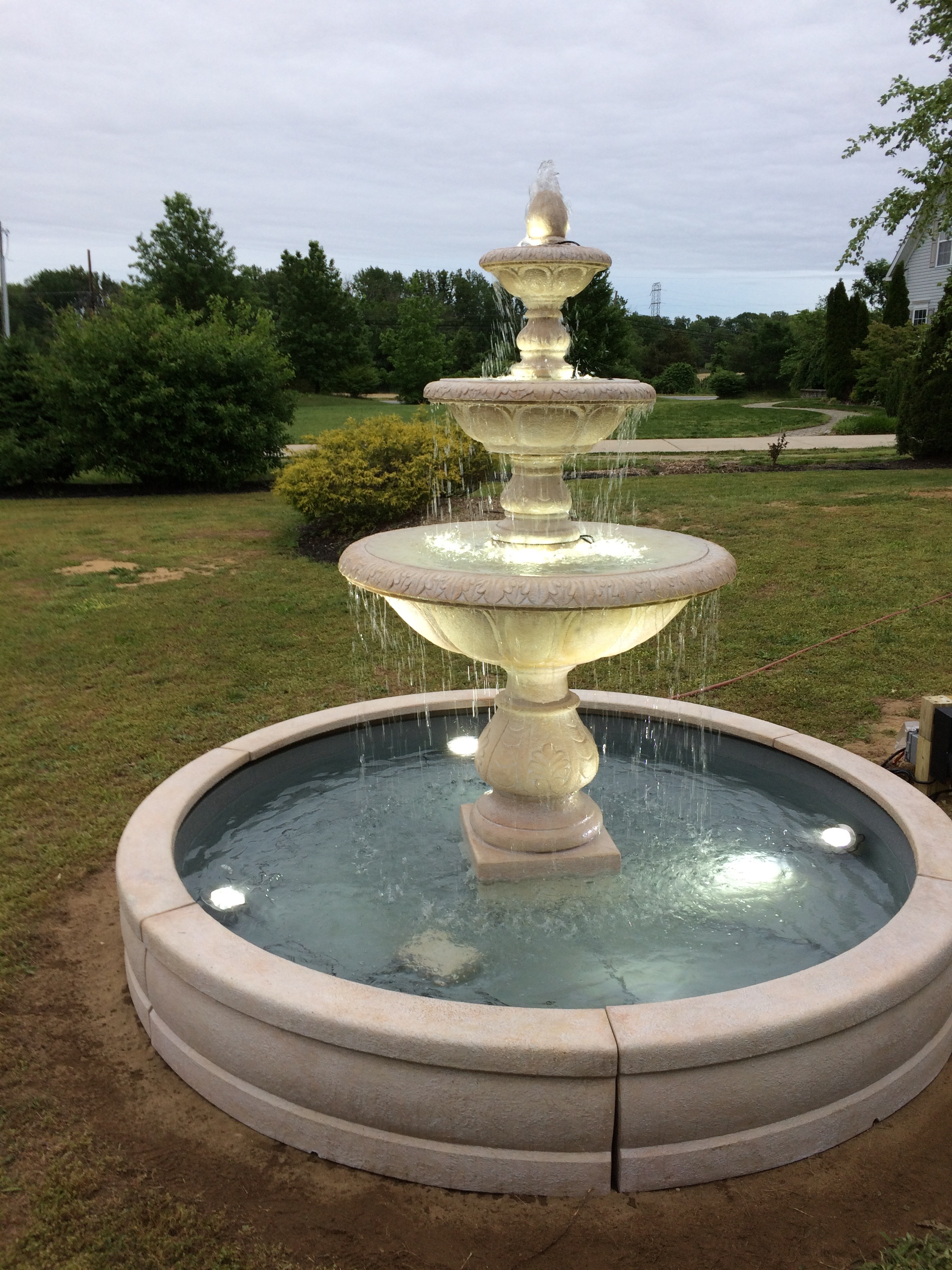 "3731 88"" Windley Key Fountain with Surround and 8' Fiberglass Pool With LED Light Kit"