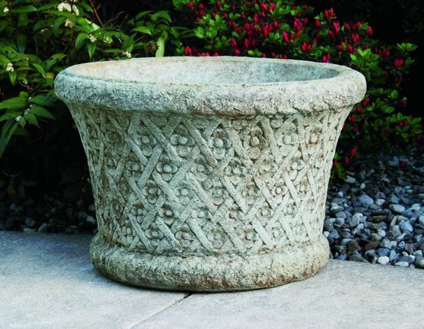 "16"" Roundflower Weaved Planter"