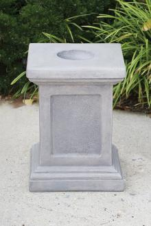 8115 Medium Square Pedestal
