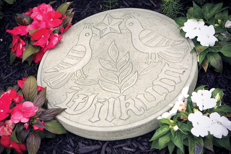 #1926 AMISH WILKUM STEPPING STONE