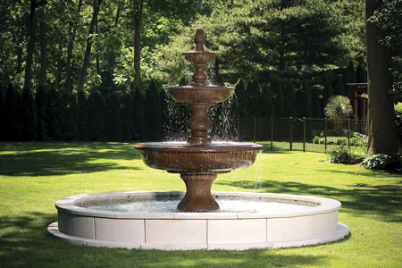 "#3703  112"" MONTICELLO FOUNTAIN ON 12' POOL"