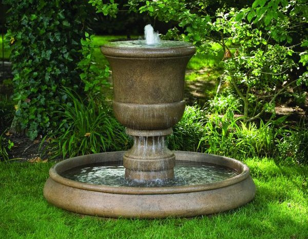"#3706 32"" Cento Urn On Classic Pool Fountain"