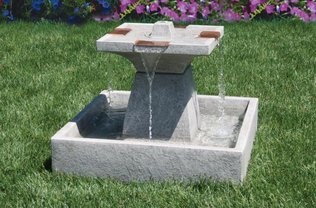 #3464 Candia Square Fountain