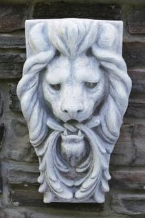 "5746 23"" Lion Head Wall Hanging"